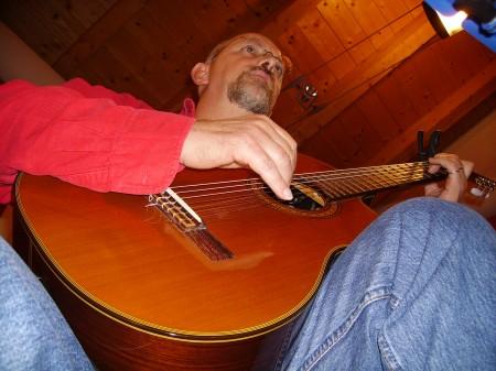 Ivano fa l'amore con la sua chitarra